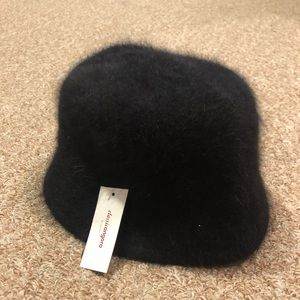 NWT Black Fur Hat